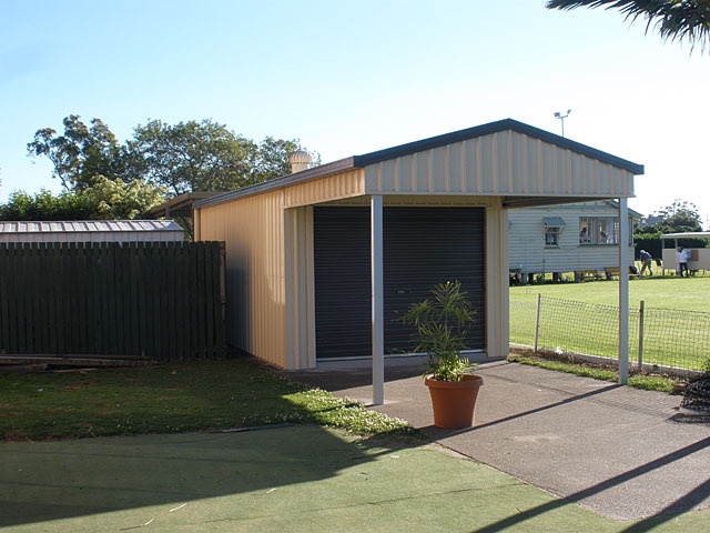Domestic custom garage sheds brisbane affordable sheds for Affordable barns and garages